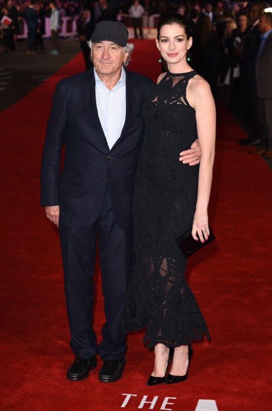 Robert De Niro et Anne Hathaway