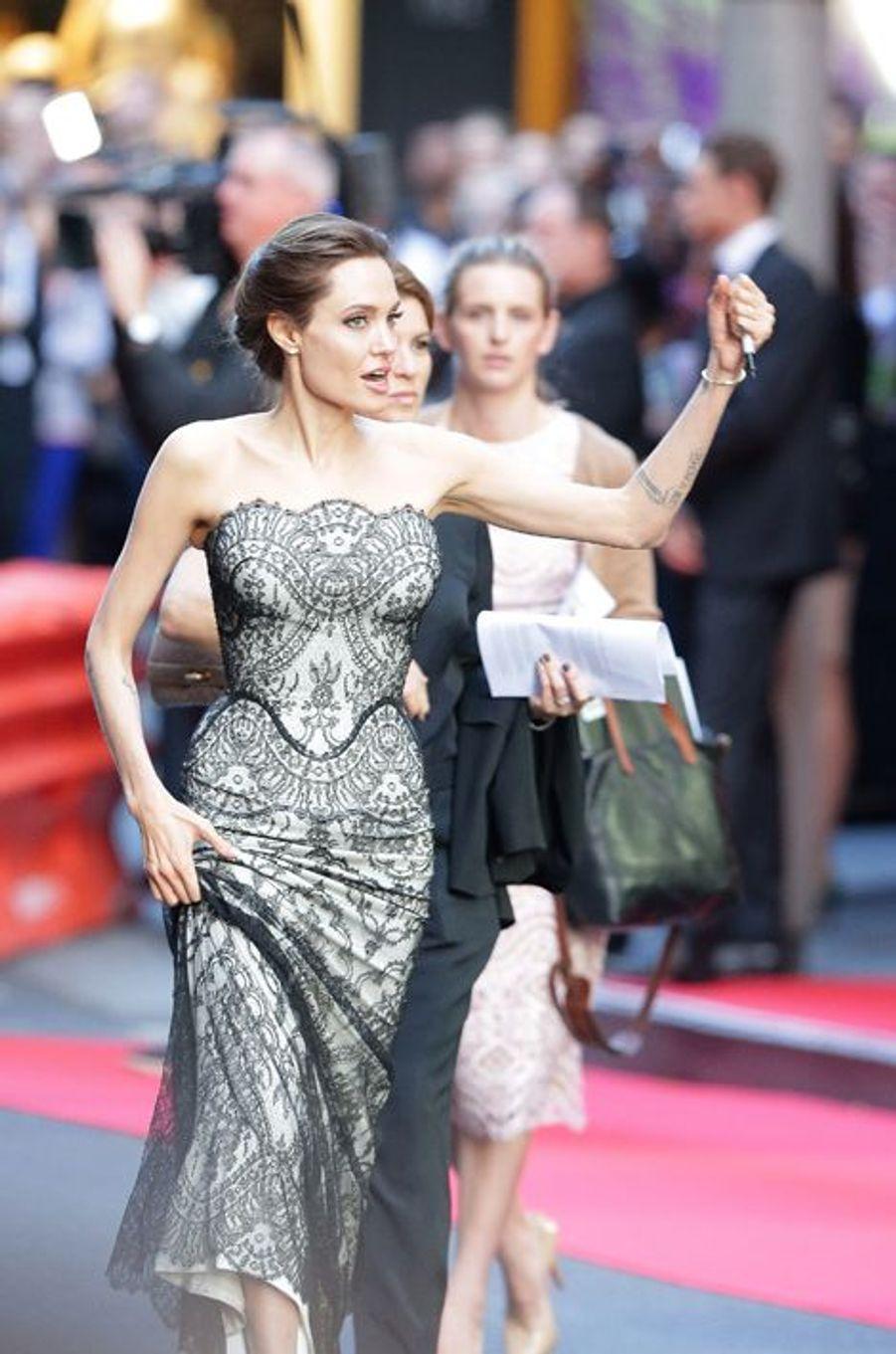 Angelina Jolie à Sydney le 17 novembre 2014