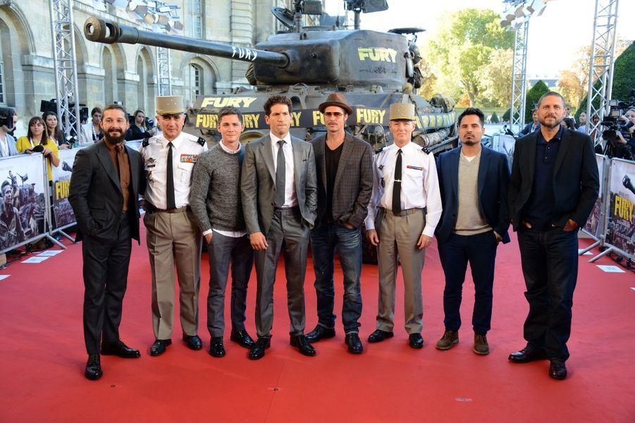 """L'équipe du film à la première de """"Fury"""", à Paris"""