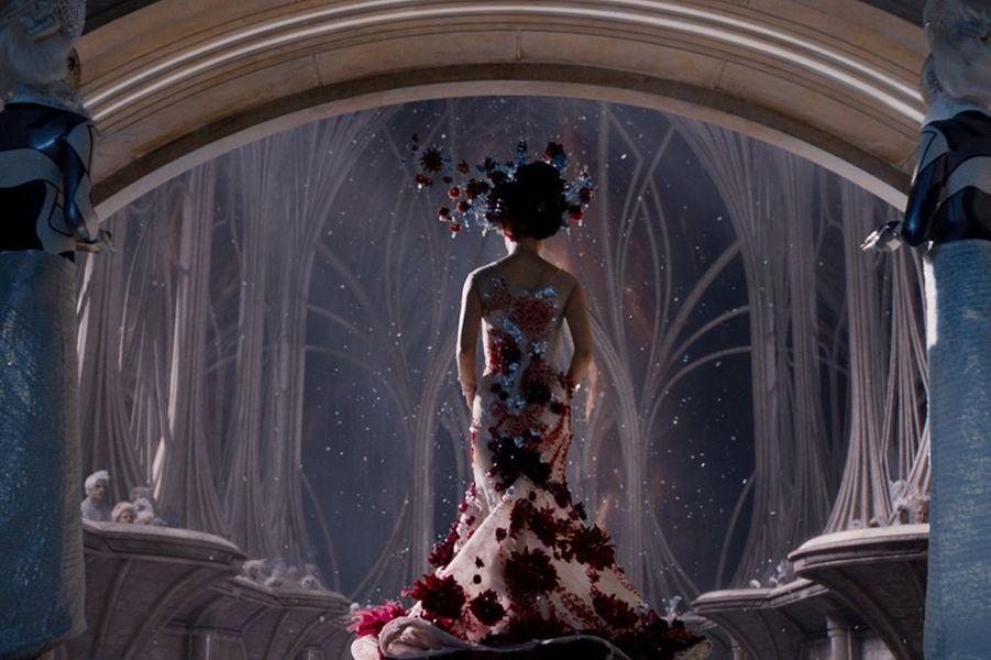 """""""Jupiter: le destin de l'univers"""" d'Andy et Lana Wachowski, sortie le 4 février"""
