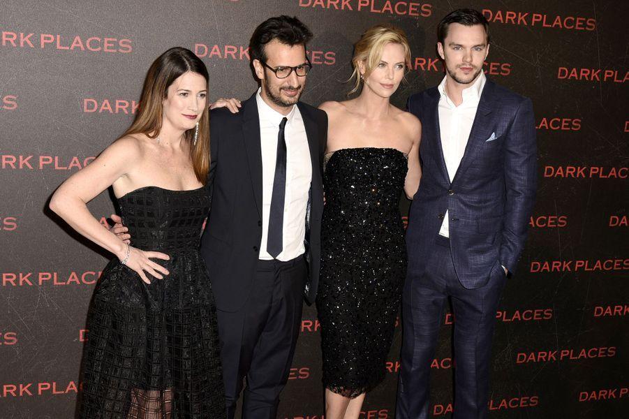 Gillian Flynn, Gilles Paquet-Brenner, Chalize Theron et Nicholas Hoult à Paris le 31 mars 2015