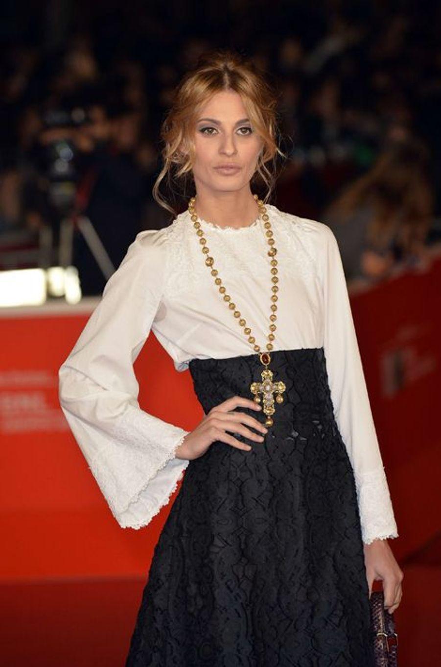 Sveva Alviti en novembre 2013