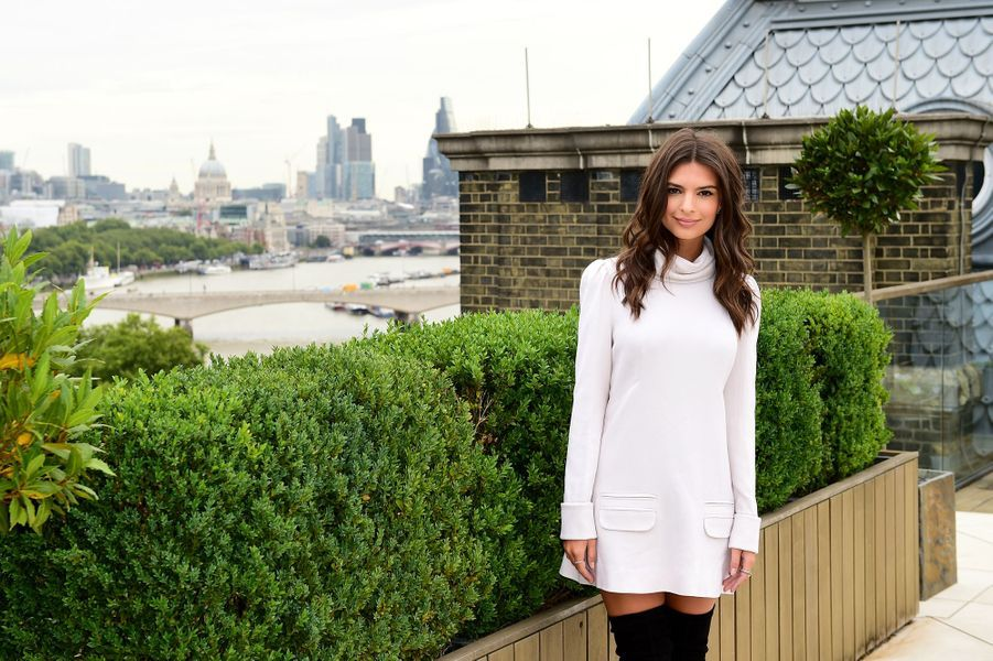 Emily Ratajkowski à Londres le 11 août 2015