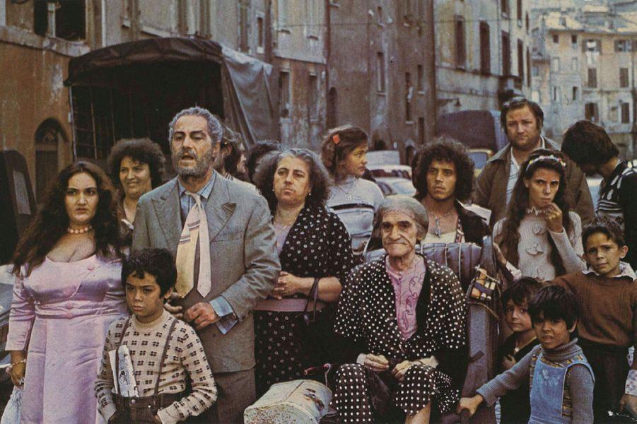"""1976 : """"Affreux, sales et méchants"""""""