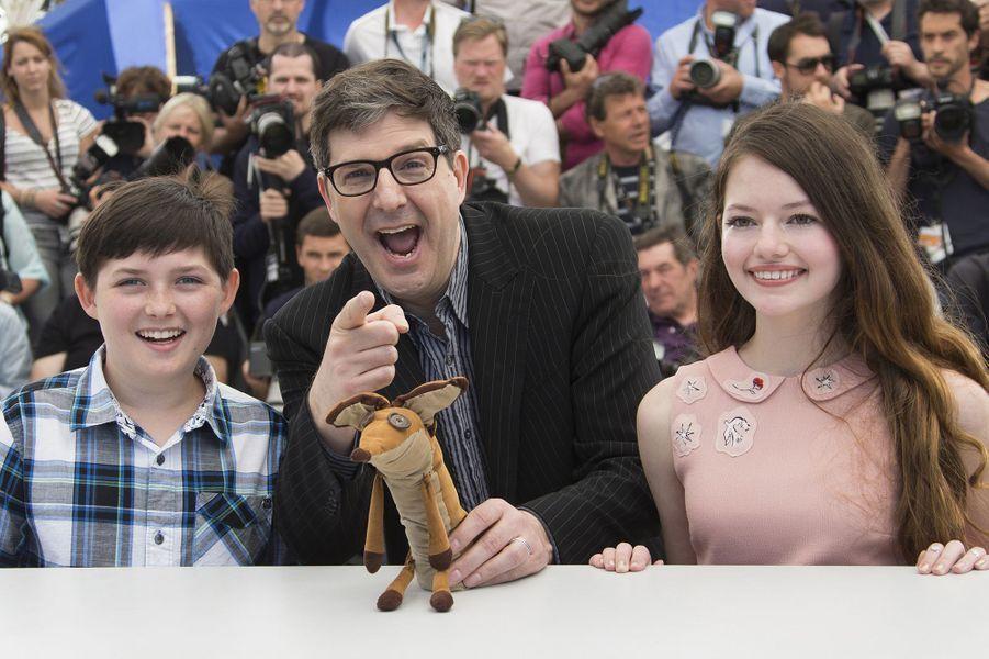 Riley et Mark Osborne, avec Mackenzie Foy, à Cannes le 22 mai 2015