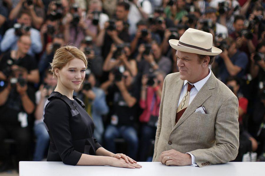 Léa Seydoux et John C. Reilly à Cannes le 15 mai 2015