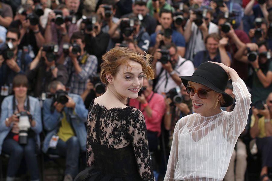 Emma Stone et Parker Posey à Cannes le 15 mai 2015