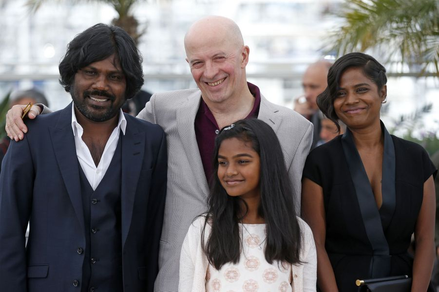 """L'équipe du film """"Dheepan"""" à Cannes le 21 mai 2015"""
