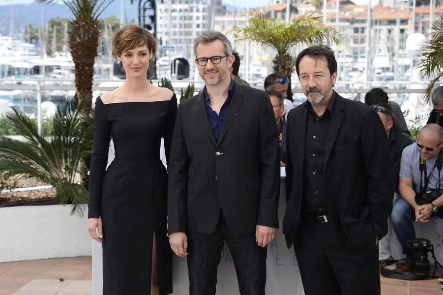 Louise Bourgoin, Laurent Larivière et Jean-Hugues Anglade à Cannes le 20 mai 2015