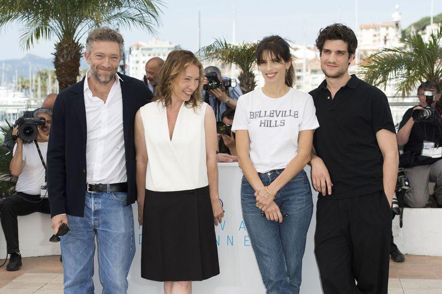 Vincent Cassel, Emmanuelle Bercot, Maïwenn et Louis Garrel à Cannes le 17 mai 2015