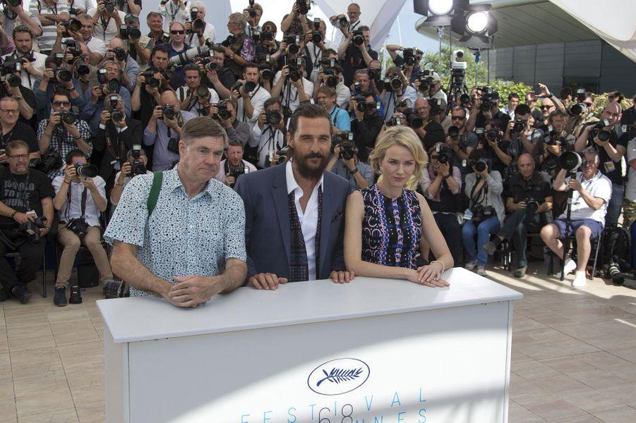 Gus Van Sant, Matthew McConaughey et Naomi Watts à Cannes le 16 mai 2015