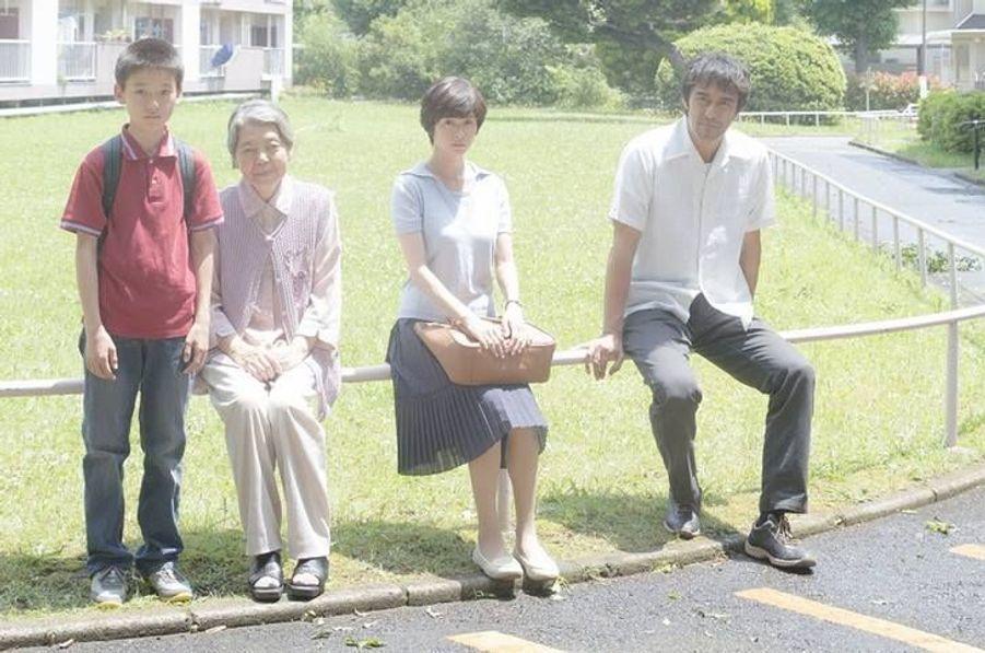 AvecHiroshi Abe, Kirin Kiki, Yôko Maki