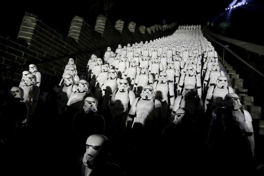 L'Empire (du Milieu) contre-attaque