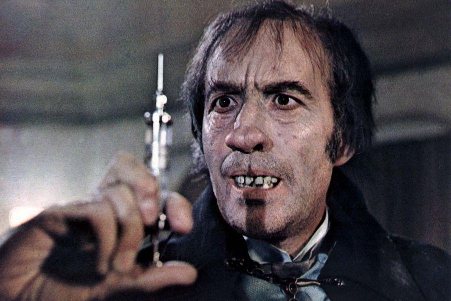 "Dr. Charles Marlowe/Edward Blake dans ""I, Monster"" (1971)"
