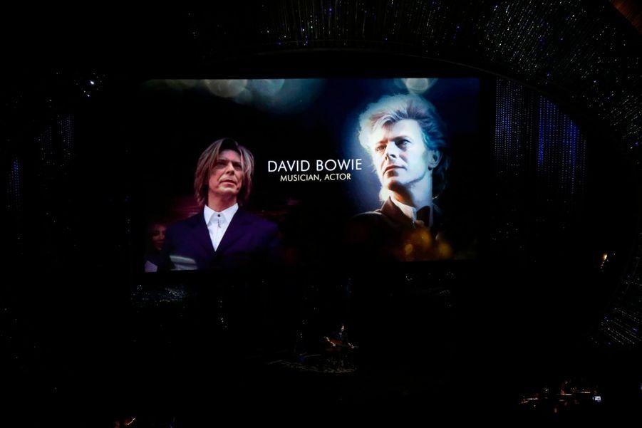 L'hommage aux disparus dont David Bowie