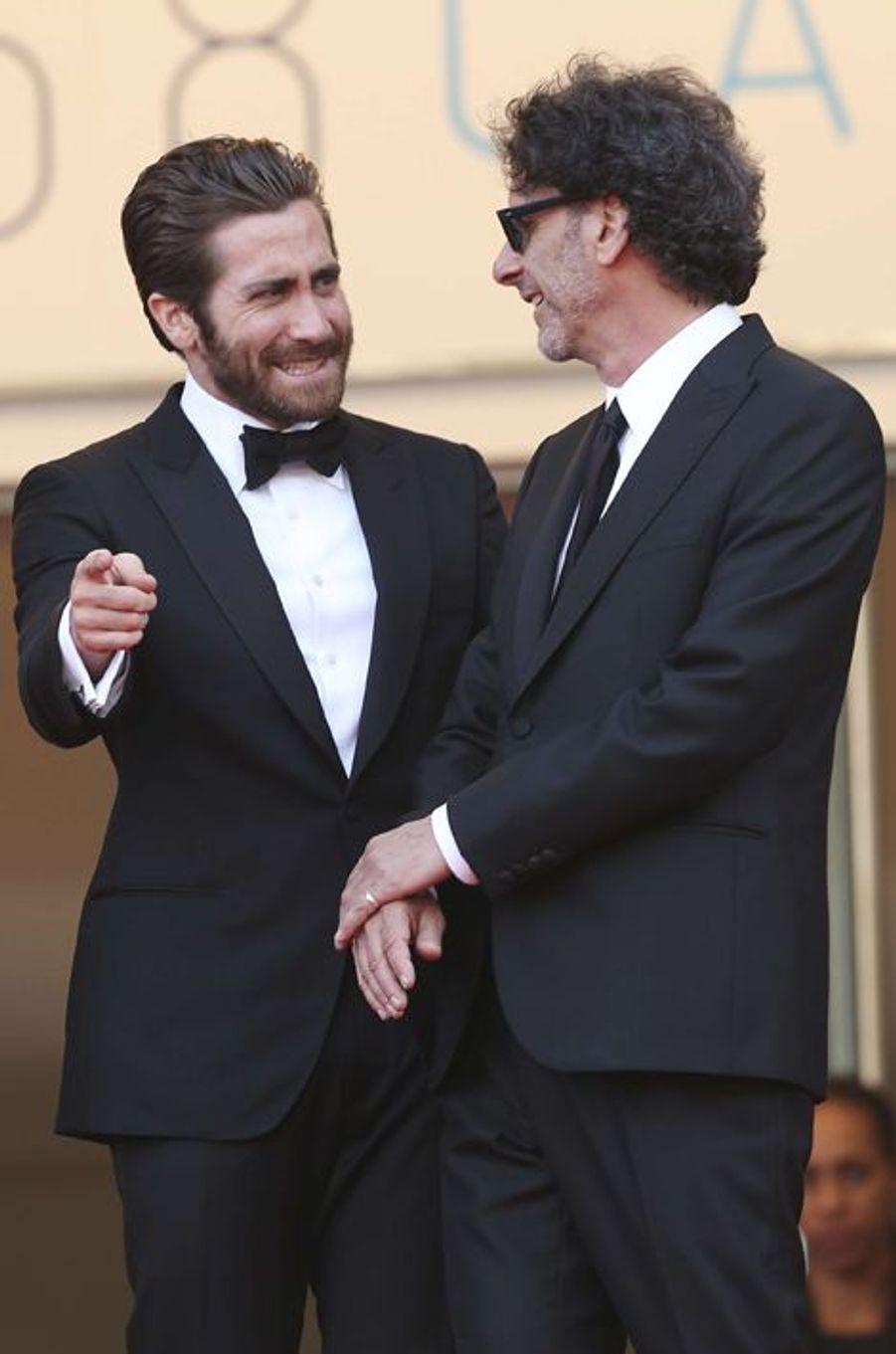 Jake Gyllenhaal et Joel Cohen à Cannes le 13 mai 2015