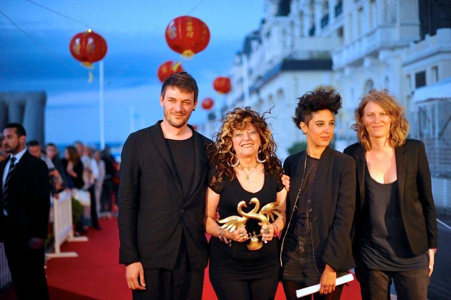 """""""Party Girl"""" de Marie Amachoukeli, Claire Burger et Samuel Theis, Grand prix"""