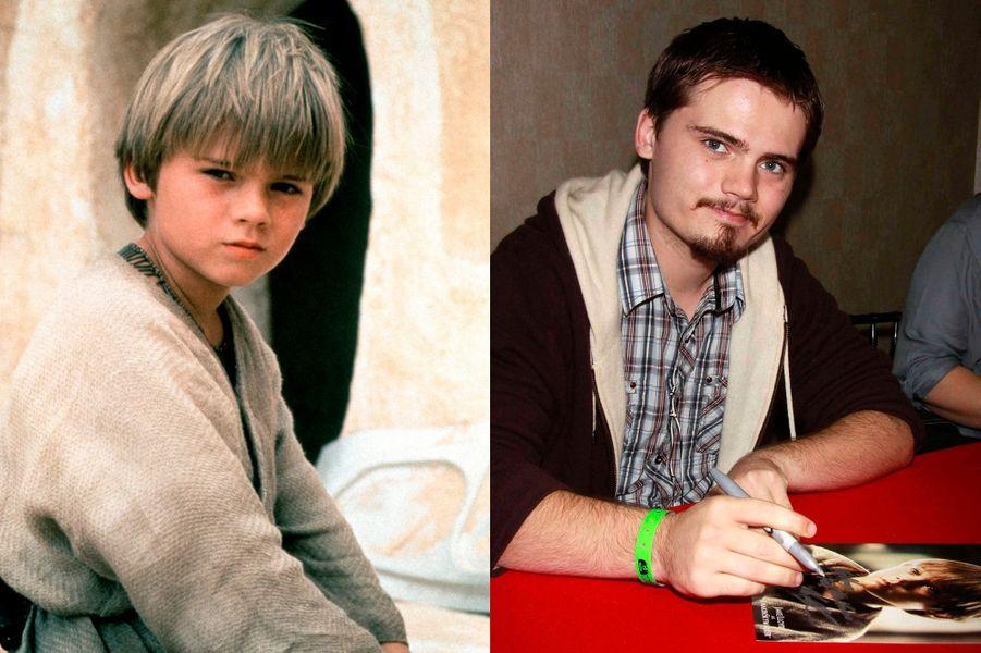La carrière de Jake Lloyd, 26 ans, a pris de l'élan avec le rôle d'Anakin Skywalker enfant dans «La menace fantôme»... Et s'est arrêtée là, à part un rôle en 2005 dans «Madison», et des doublages de jeux vidéo «Star Wars», alors que la deuxième trilogie a été très critiquée.