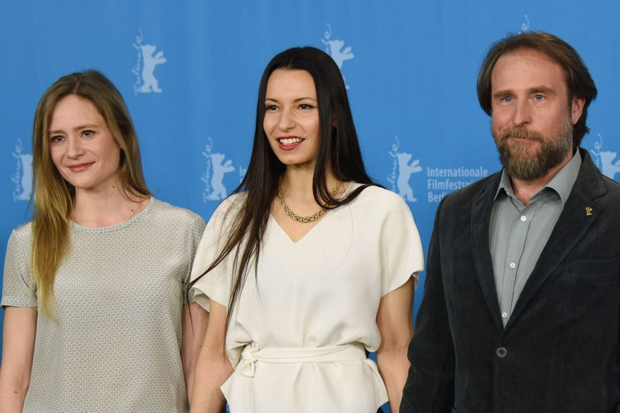 Julia Jentsch, Anne Zohra Berrached et Bjarne Madel