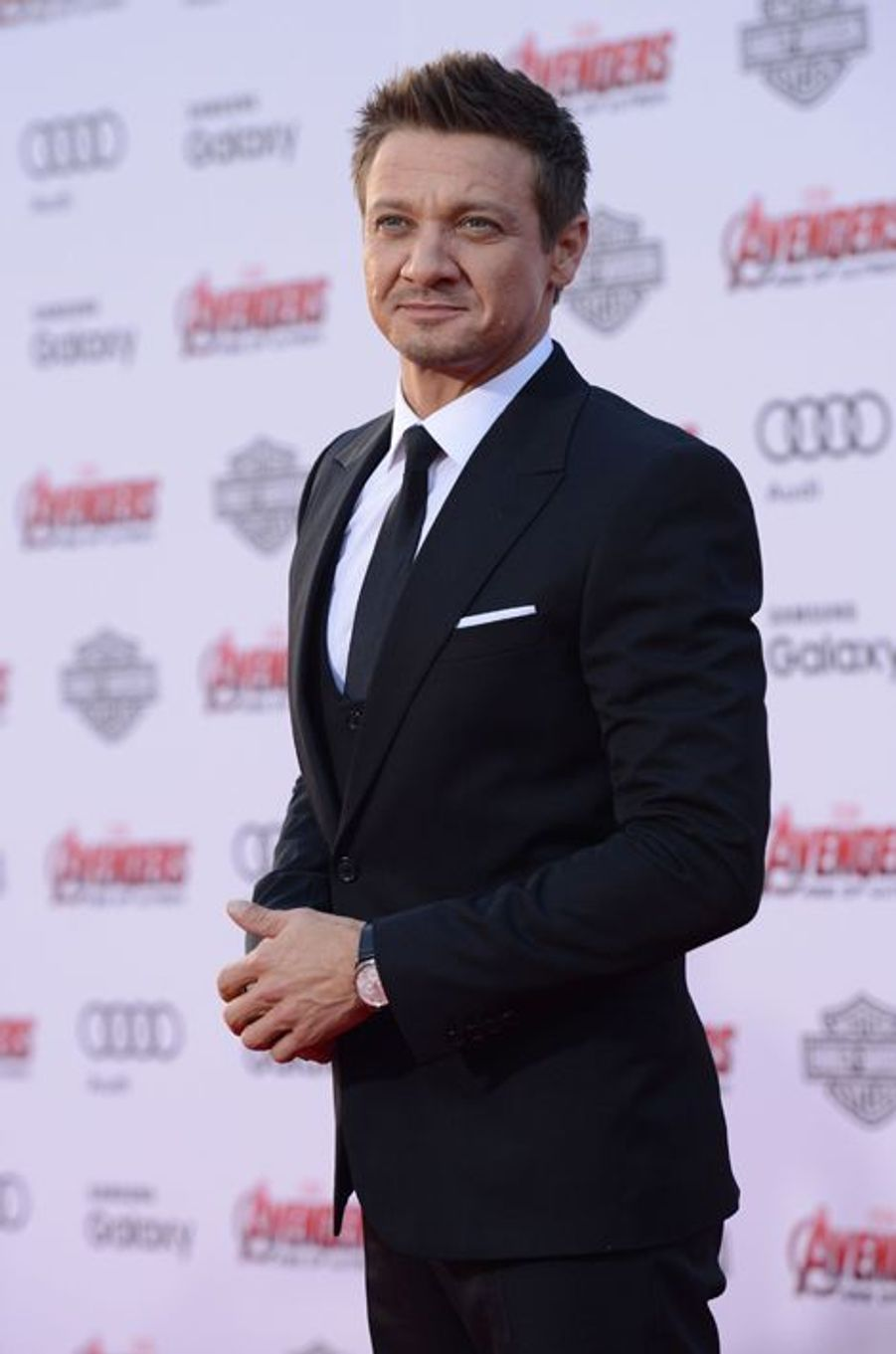 Jeremy Renner à Los Angeles le 13 avril 2015