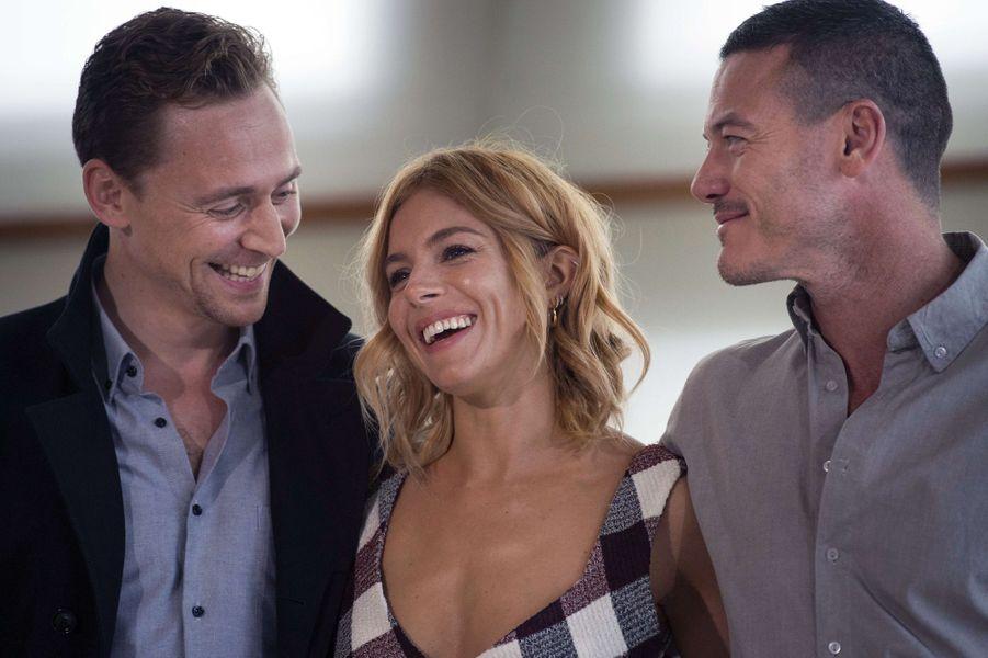 Tom Hiddleston, Sienna Miller et Luke Evans