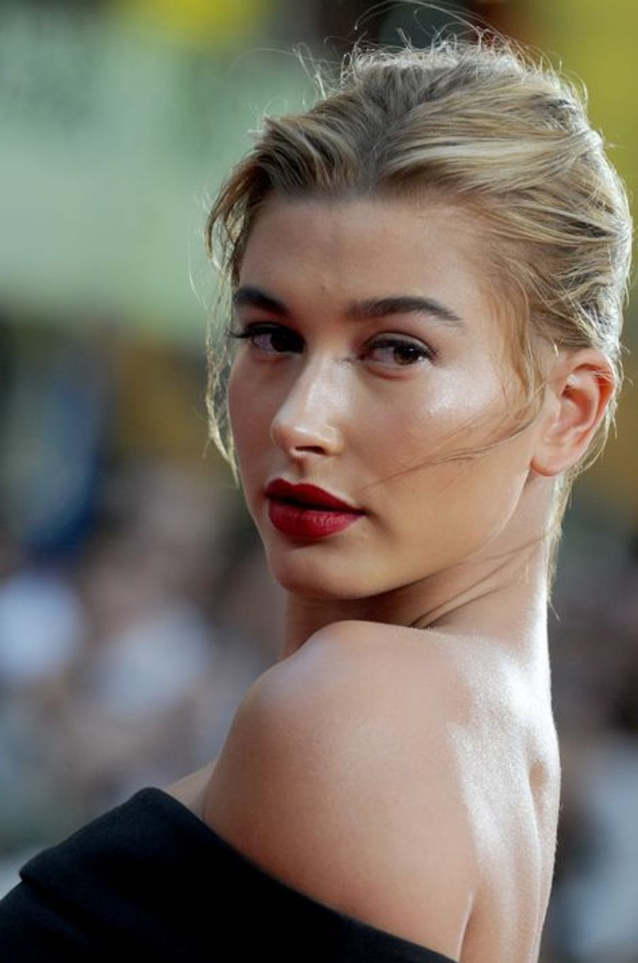 Hailey Baldwin à New York le 27 juillet 2015