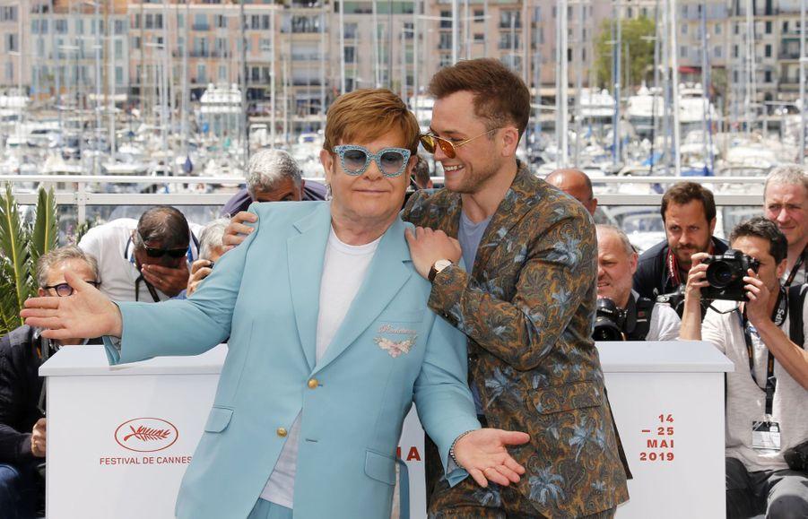 Elton John et Taron Egerton lors du photocall du film «Rocketman» le 16 mai 2019