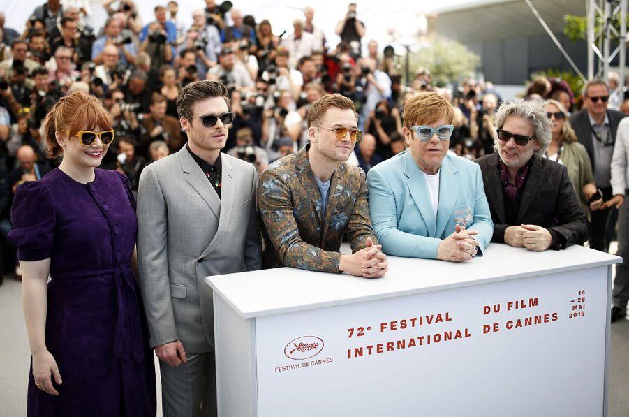 Dexter Fletcher, Taron Egerton, Richard Madden, Bryce Dallas Howard, Kit Connor et Adam Bohling lors du photocall du film «Rocketman» le 16 mai 2019