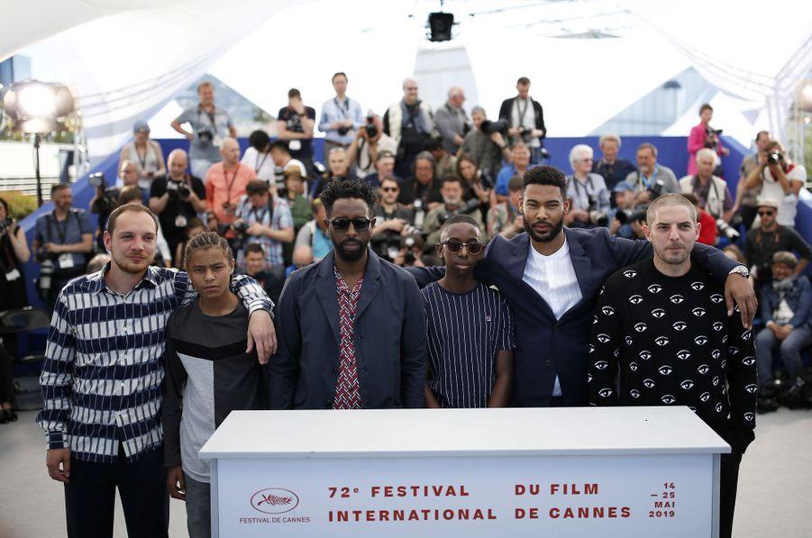 Ladj Ly, Alexis Manenti, Issa Perica, Al Hassan Ly, Djibril Zonga et Damien Bonnardlors du photocall du film «Les Misérables» le 16 mai 2019