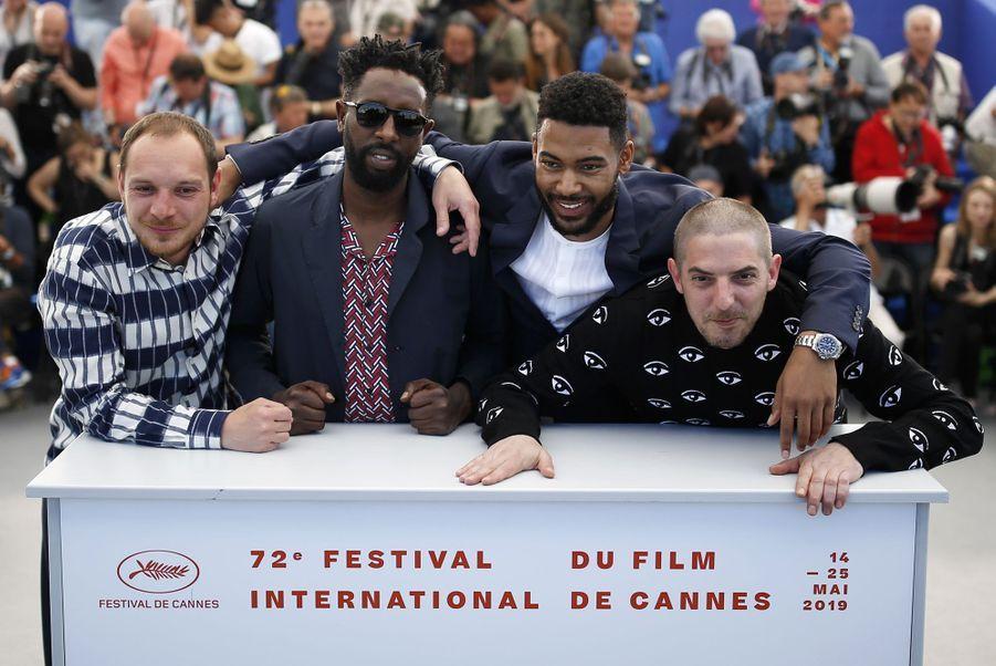 Ladj Ly, Alexis Manenti, Djibril Zonga et Damien Bonnardlors du photocall du film «Les Misérables» le 16 mai 2019