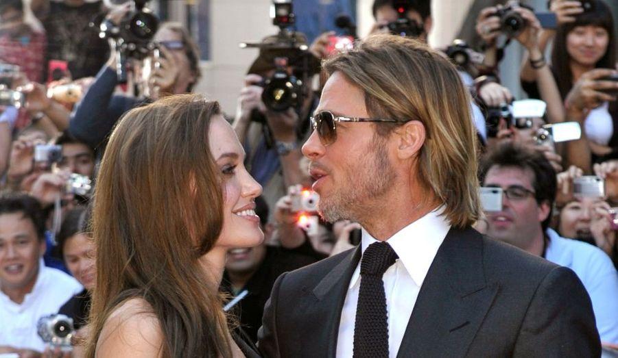 Brad Pitt était lui accompagné d'Angelina Jolie, radieuse sur le tapis rouge.