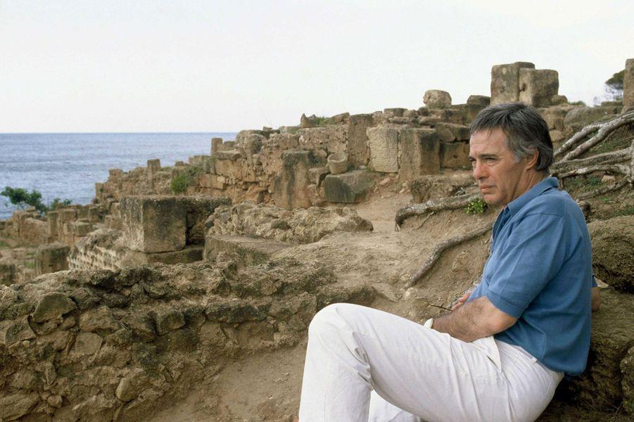 Guy Bedos de retour en Algérie pour un documentaire de TF1, en juin 1988.