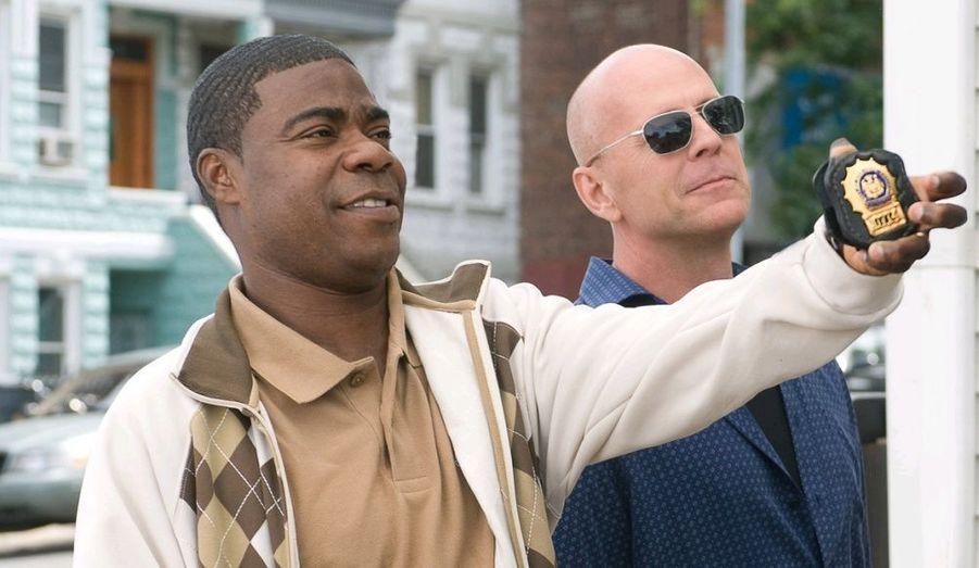 Bruce Willis est actuellement à l'affiche de Top Cops. Cette comédie raconte l'histoire de deux policiers partis à la recherche d'un objet volé et qui vont rapidement se retrouver face à un gangster obsédé par les objets perdus…