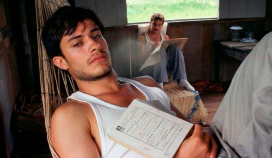 """La même année, il présente aussi à Cannes """"Carnets de Voyage"""", dans lequel il incarne Ernesto Guevara avant qu'il ne devienne Le Che."""