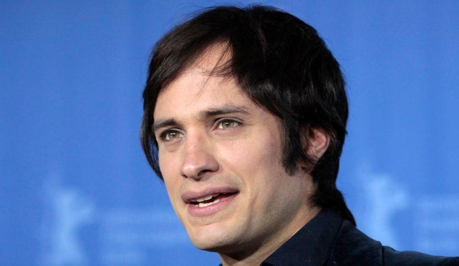 Le bel acteur a eu une relation avec Natalie Portman.