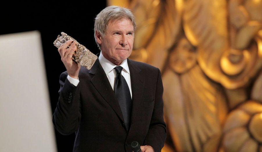 L'acteur était l'invité d'honneur de la 35ème cérémonie des César, cette année. Il a reçu un César d'honneur saluant l'ensemble de sa carrière.