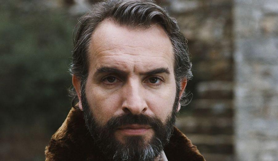 Dans ce nouveau film de Bertrand Blier, Jean Dujardin tient le rôle d'un homme qui rencontre en chair et en os son cancer incarné par Albert Dupontel.