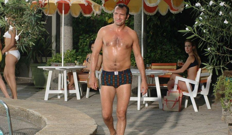 Jean Dujardin retrouve le personnage d'OSS 117 dans de nouvelles aventures.