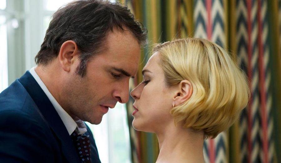 Jean Dujardin trouve un rôle d'homme sensible devant la caméra de Nicole Garcia.