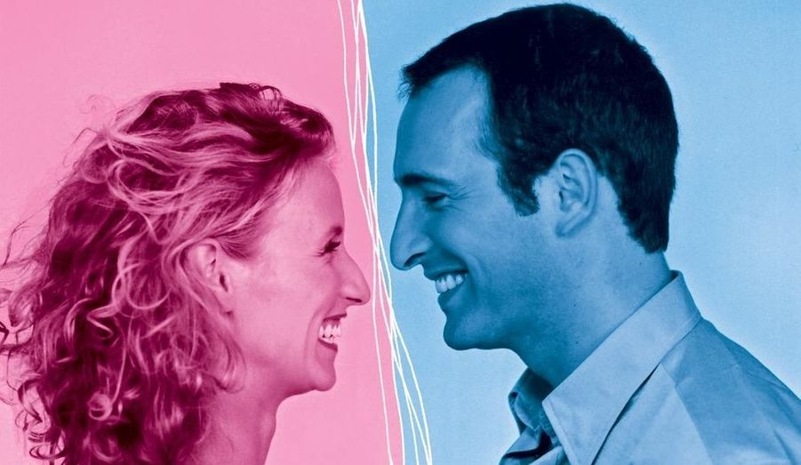 Repéré dans la troupe comique de Nous C Nous qui gagne l'émission Graines de star sur M6, Jean Dujardin devient célèbre grâce au programme de France 2, Un gars, une fille de 1999 à 2003. Loulou rencontre aussi Chouchou, alias Alexandra Lamy.