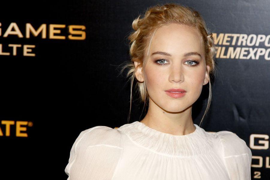 """Jennifer Lawrence à l'avant-première de """"Hunger Games"""" à Paris, le 9 novembre 2015"""