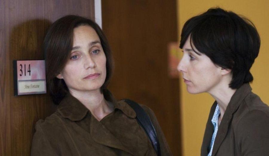 Kristin Scott-Thomas interprète le rôle de Juliette, sortie de prison après avoir passé 15 ans enfermée. Elle doit réapprendre à vivre aux côtés de sa sœur, Elsa Zylberstein, 15 ans après l'avoir vue pour la dernière fois. Nomination aux César 2009 pour ce rôle émouvant.