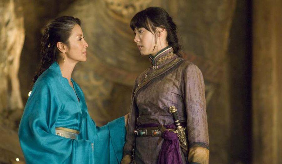 "En 2008, elle tient un rôle seconde dans le blockbuster de ""La Momie, la Tombe de l'empereur dragon"" de Rob Cohen."
