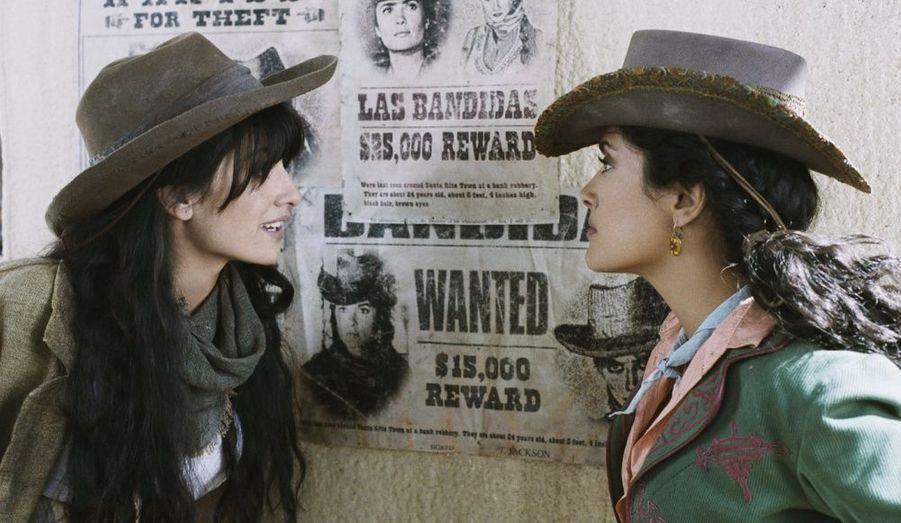Elle partage l'affiche de ce film avec une autre sex-symbol latino, la divine Salma Hayek.