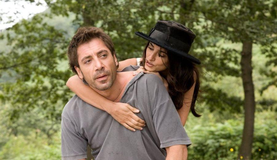 Un mariage et un petit Leonardo: Javier Bardem et Penélope Cruz filent le parfait amour.