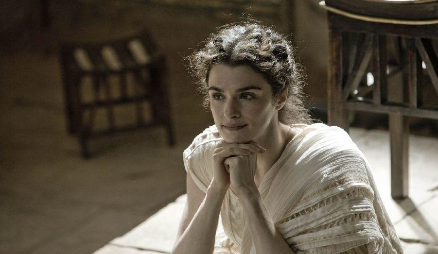 Dans «Agora», sorti en 2010, elle tient le rôle d'Hypatie d'Alexandrie, philosophe et astronome.