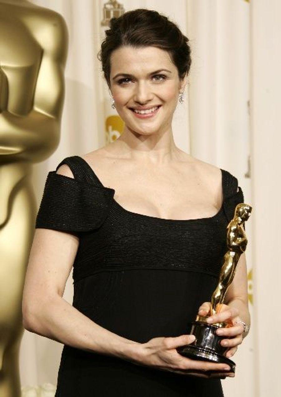 Pour The Constant Gardener, Rachel Weisz a été récompensée d'un Oscar du meilleur second rôle.
