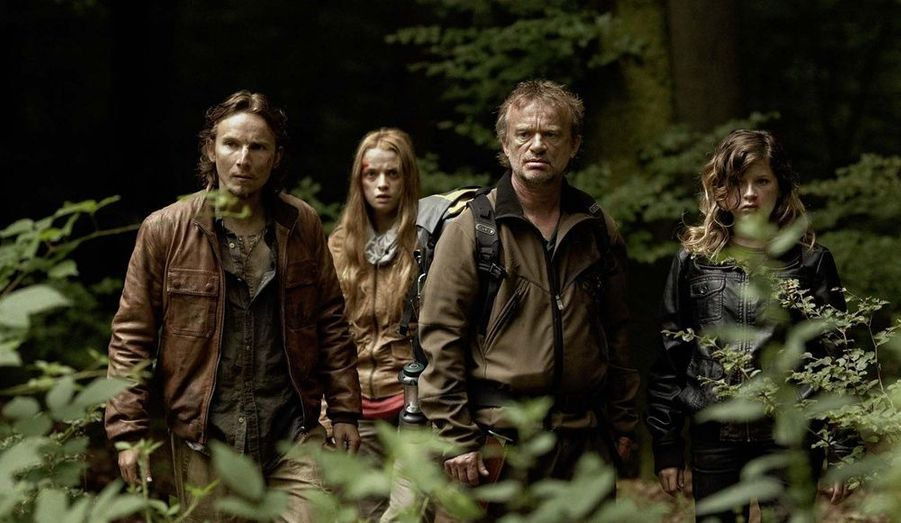 En 2009, l'actrice donne la réplique à Lorant Deutsch dans Humains, un thriller signé Jacques-Olivier Molon et Pierre-Olivier Thévenin qui n'aura pas le succès escompté.