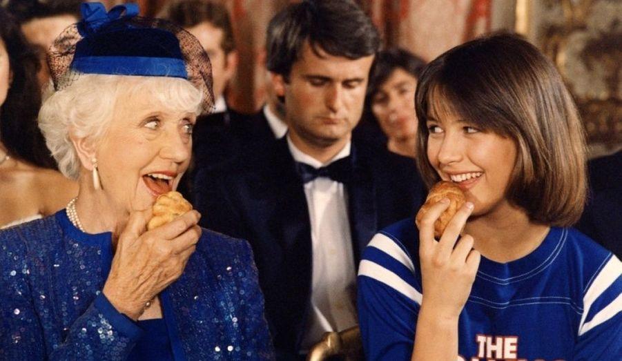 A 13 ans, Sophie Danièle Sylvie Maupu devient Sophie Marceau ou plutôt Vic dans La Boum, grand film générationnel. Une star est née.