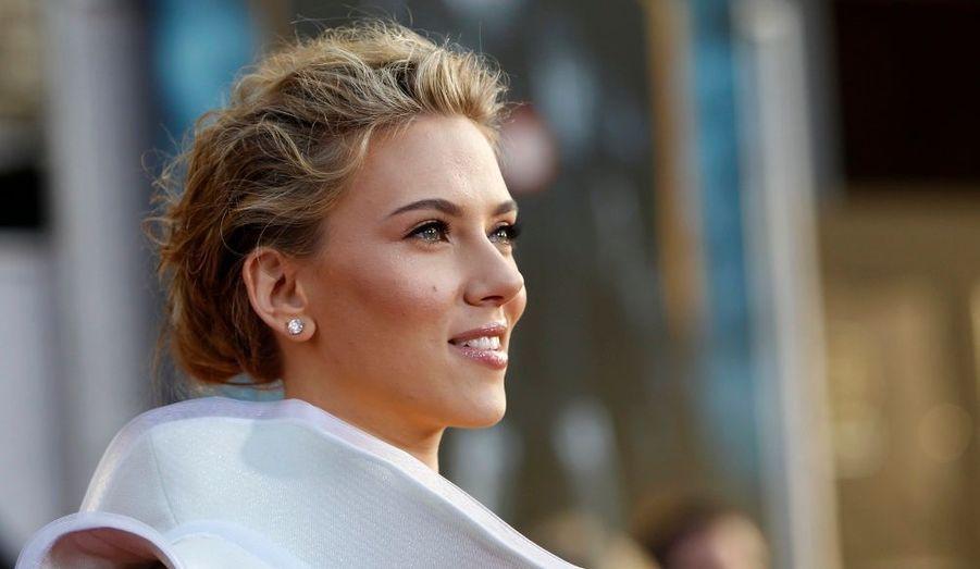 Sur le tapis rouge, Scarlett Johansson attire généralement tous les regards.